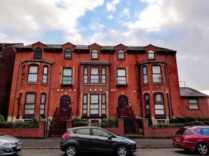 3 Bedroom – 83-85, Hathersage Road, Manchester, M13 0EW